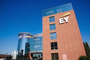 EY neemt Cognistreamer over