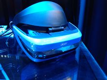 De mixed reality headset van Acer