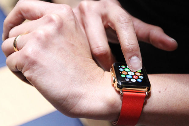 Ex-stagiair Apple hackt de Apple Watch en installeert er een webbrowser op