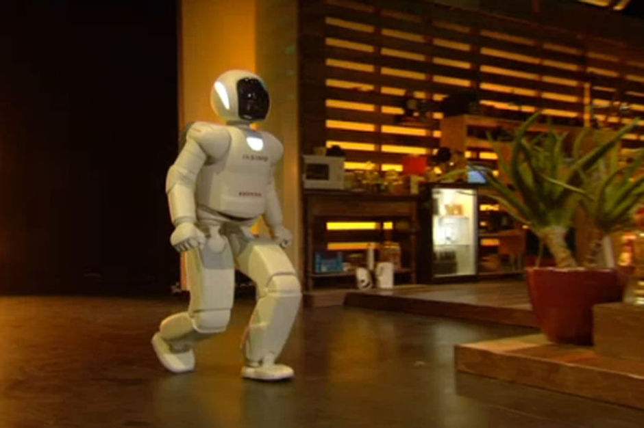 Springende robot is 'primeur op de Europese televisie' (VIDEO)